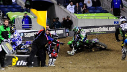 Season champ Ryan Villopoto crashes early in Seattle